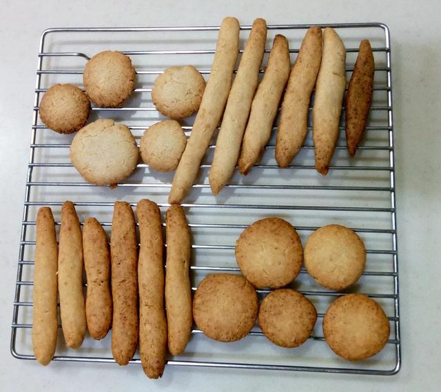 グルテンフリーひよこ豆入りクッキー(小麦・乳・卵不使用)の焼きくらべ