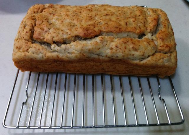 グルテンフリー米粉バナナブレッド(乳・卵・小麦不使用)焼き比べと乳なしクリームサンドクッキー