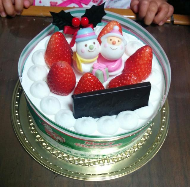 シャトレーゼのアレルギー対応クリスマスケーキとグランドマスターズカフェでアレルギー対応ランチ