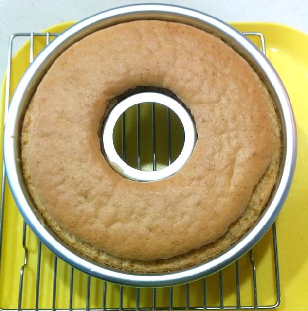 グルテンフリー米粉シフォン風ケーキ&豆乳カスタードと簡単餅つき(乳、卵、小麦不使用)
